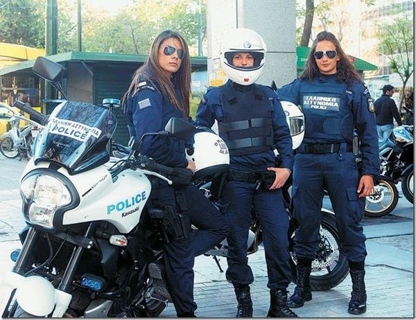 beautiful-female-police-officers7