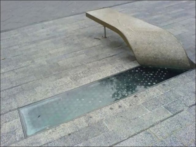 the_oddest_public_benches_in_the_world_640_19