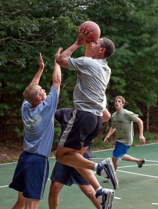 barack-obama-photographer-pete-souza-white-house-36-5763e3aa0ad4b__880