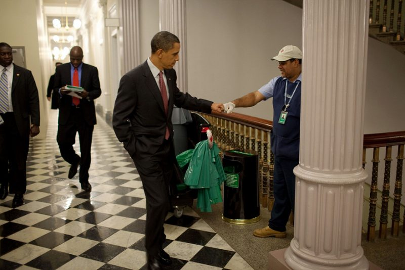 barack-obama-photographer-pete-souza-white-house-40-5763e3b3d3eee__880